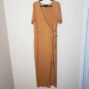 FOREVER 21 Plus Size Gold Wrap Maxi Dress